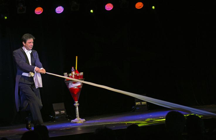 Salvano Jr Festival de magie à Forges les Eaux